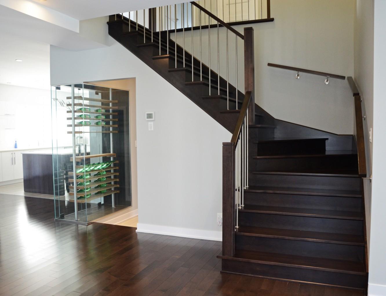 Escaliers vers l'étage